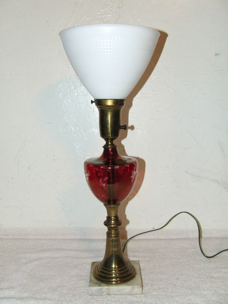 antique victorian etched cranberry glass font table lamp with milk glass shade ebay. Black Bedroom Furniture Sets. Home Design Ideas
