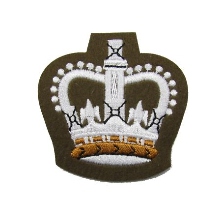 img-Badge Crown Future Army Dress Warrant Officers Class 2 Crown FAD WO2 Crown R1621