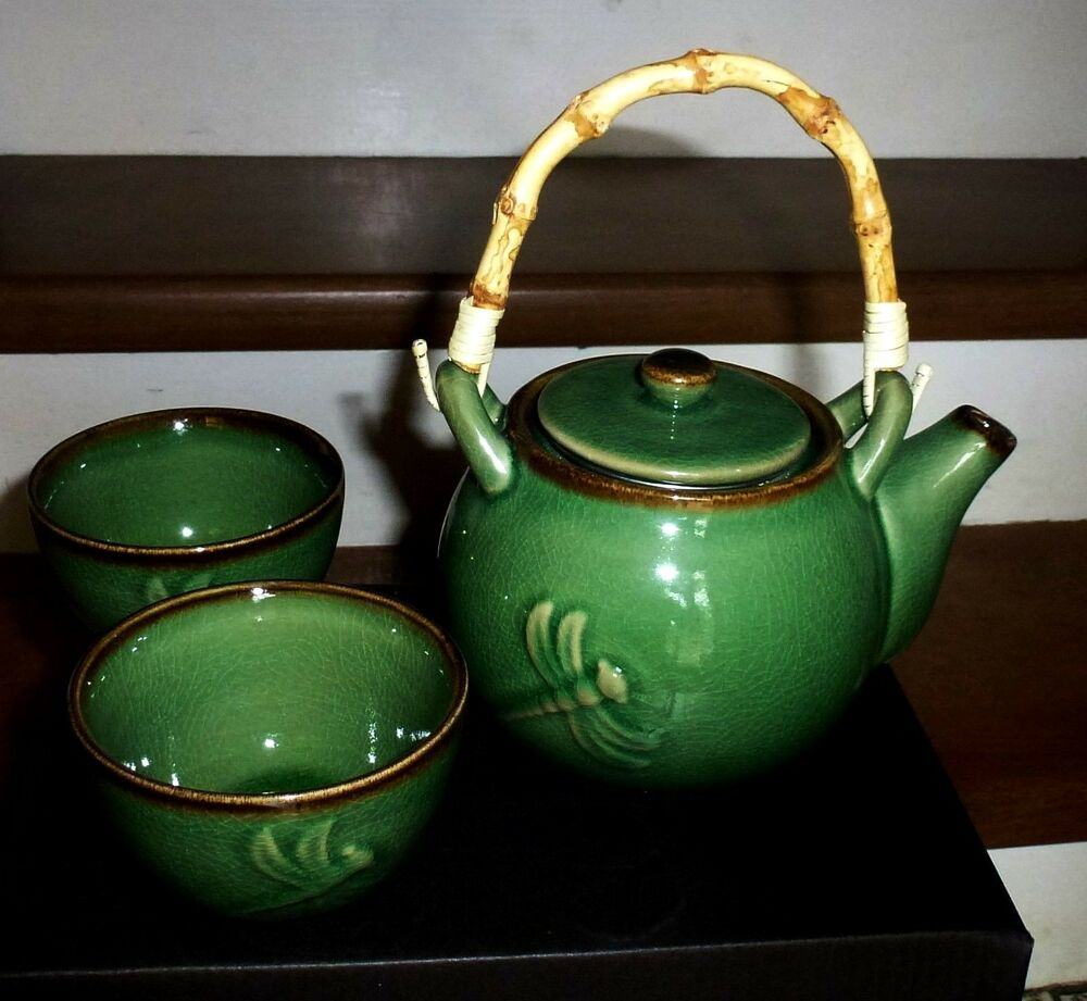 Deep green crackle dragonfly tea pot chinese 2 cup set Green tea pot set