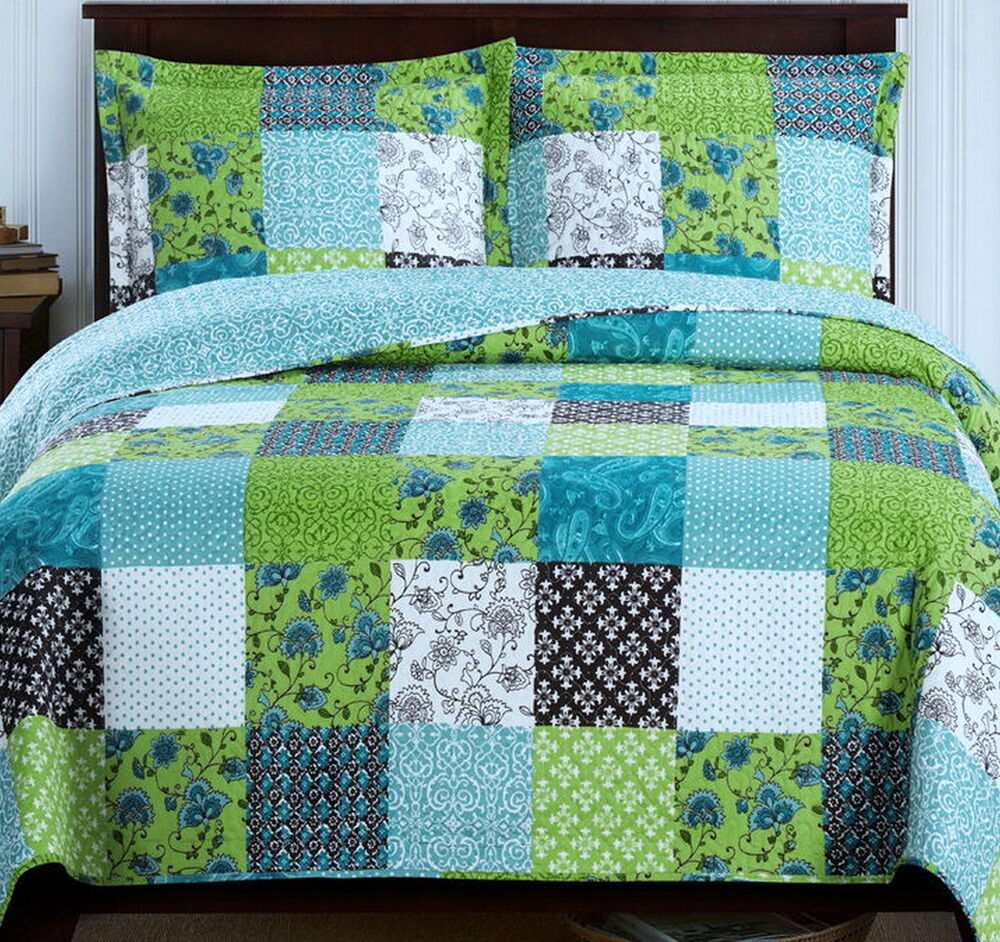 Country Cottage Patchwork Blue Green Lightweight Quilt