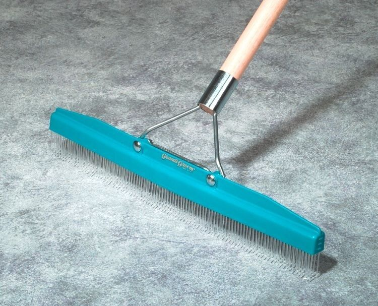 Carpet Rake Includes 18 inch head & pole Great for ...