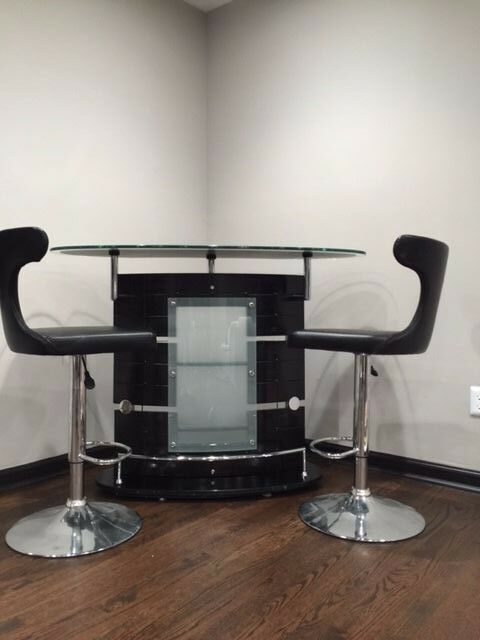 Contemporary Black Elegant Bar Table W 2 Matching Swivel