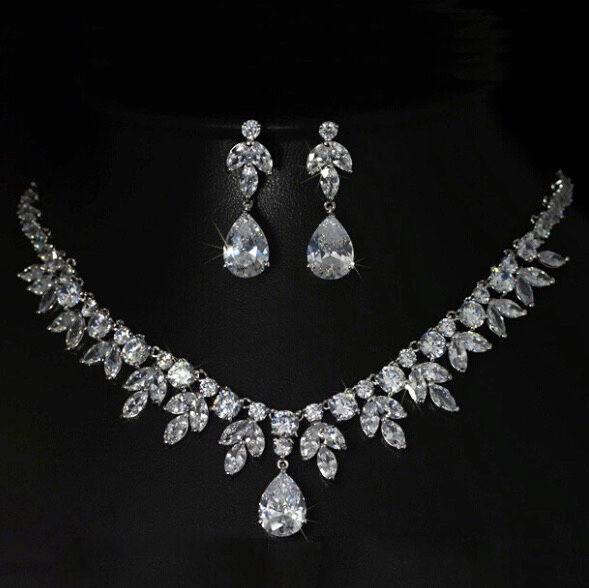 18k White Gold Necklace Earrings Set made w/ Swarovski ...
