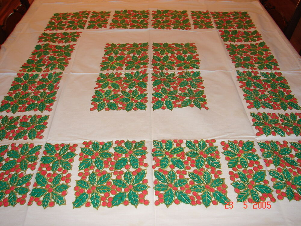 Vintage 1950 39 S Christmas Table Cloth Holly Berry