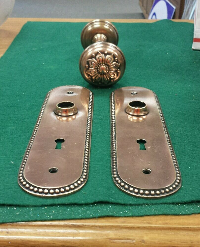 Vintage Brass Bronze Decorative Floral Door Knob Set Oval