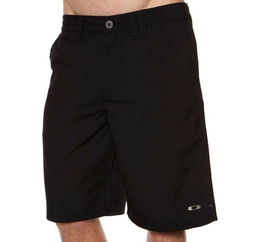 Black Golf Shoes With Khaki Shorts