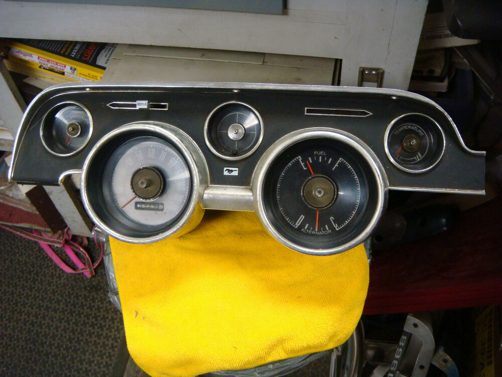 1968 Ford Mustang Ebay >> ORIGINAL 1968 MUSTANG INSTRUMENT CLUSTER BEZEL AND GUAGES FASTBACK GT | eBay