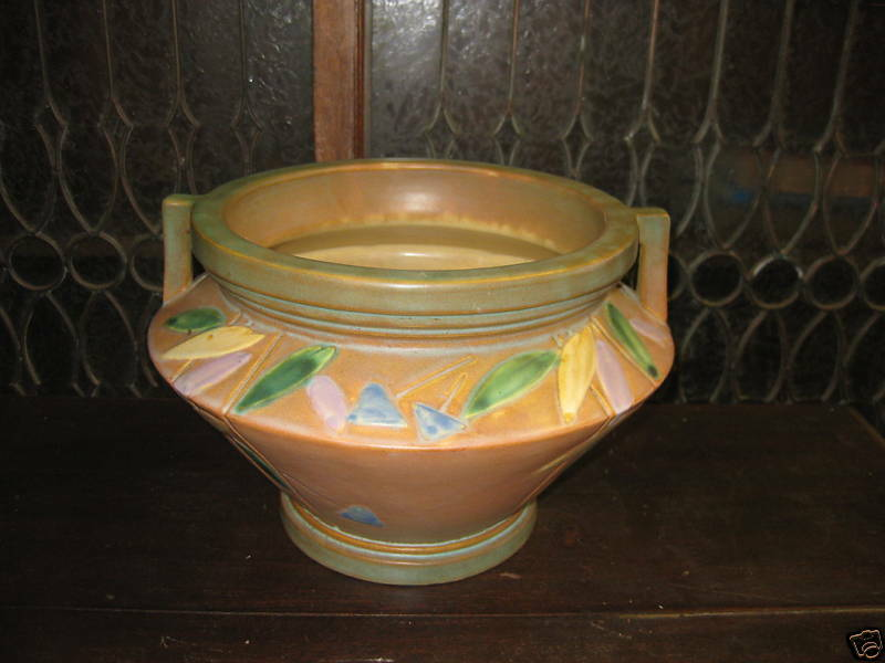 roseville futura art deco pottery jardiniere vase ebay. Black Bedroom Furniture Sets. Home Design Ideas