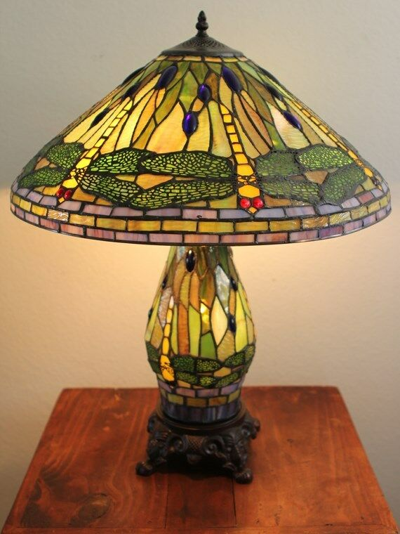 New Stained Glass Dragonfly Table Lamp W Lit Base Tiffany
