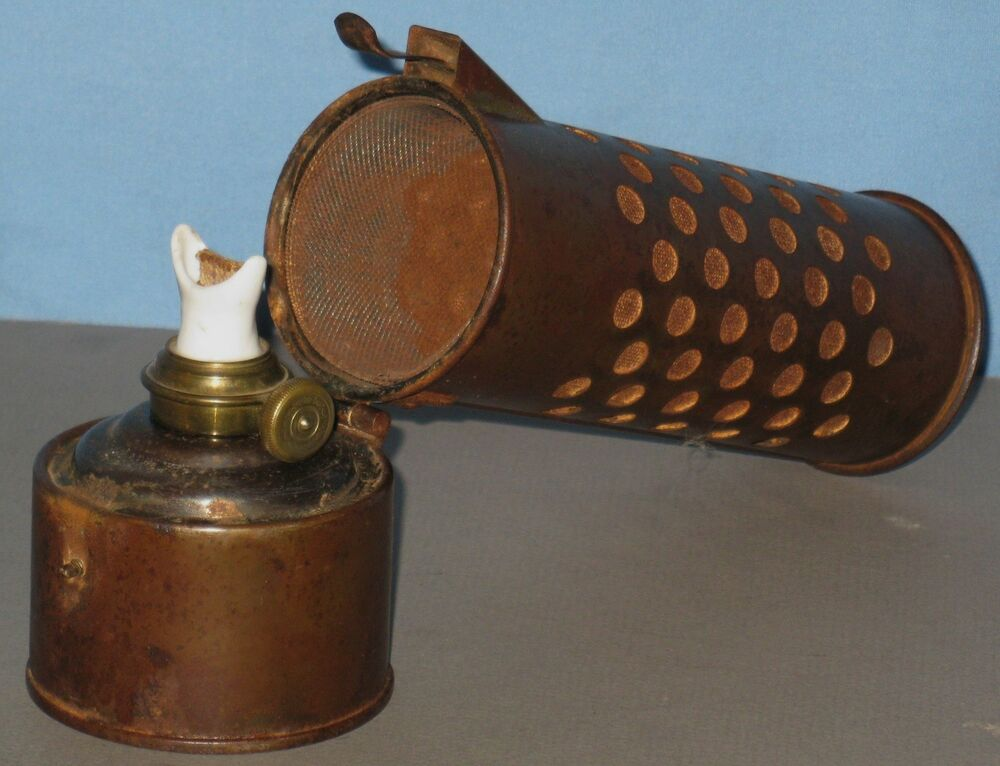 Antique Rare Oil Lantern Lamp Heater For Car Engine Frost