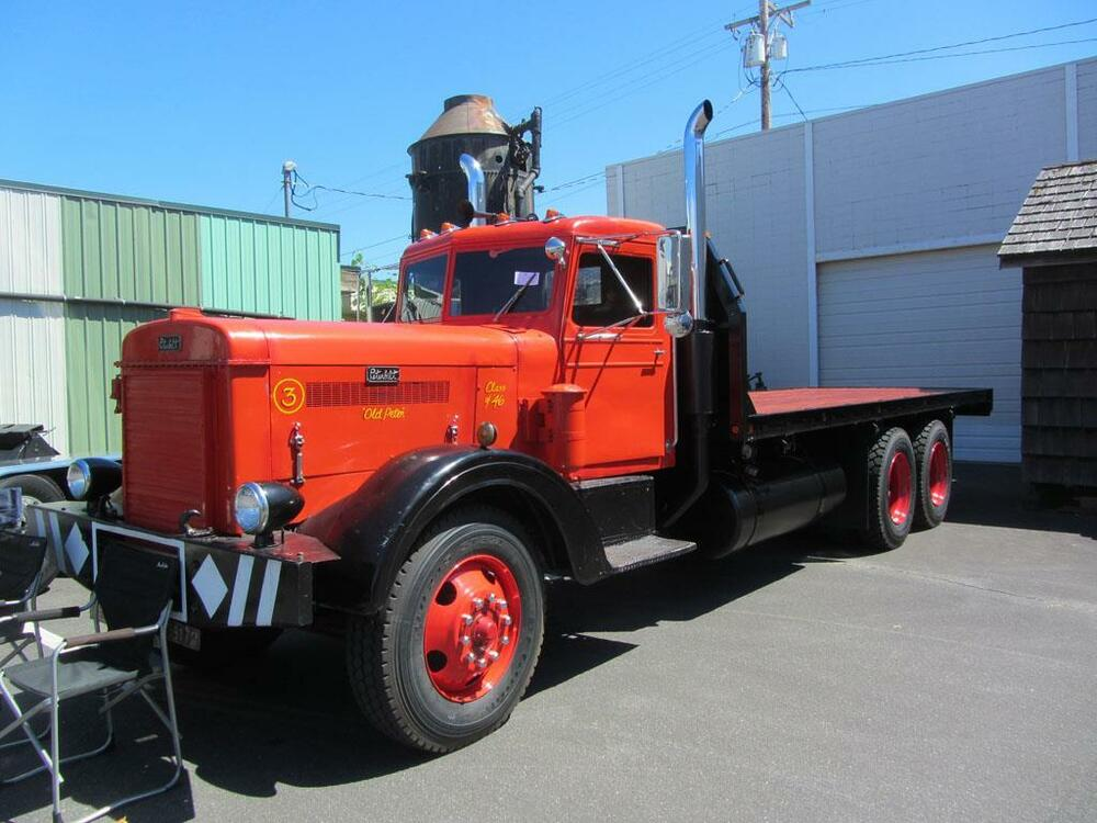 Old photo red black 1946 peterbilt flatbed truck ebay - Pictures of old peterbilt trucks ...