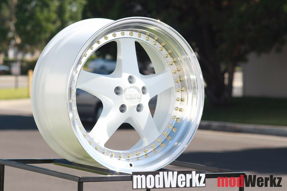 18x9 5 Inch 22 Esr Sr04 5x120 White Equip Wheels Rims Bmw