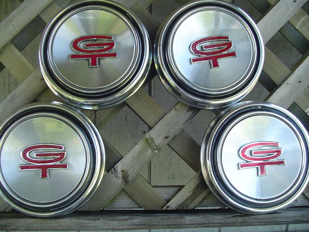 Ford Mustang Gt Hubcaps Wheelcovers Center Caps Antique