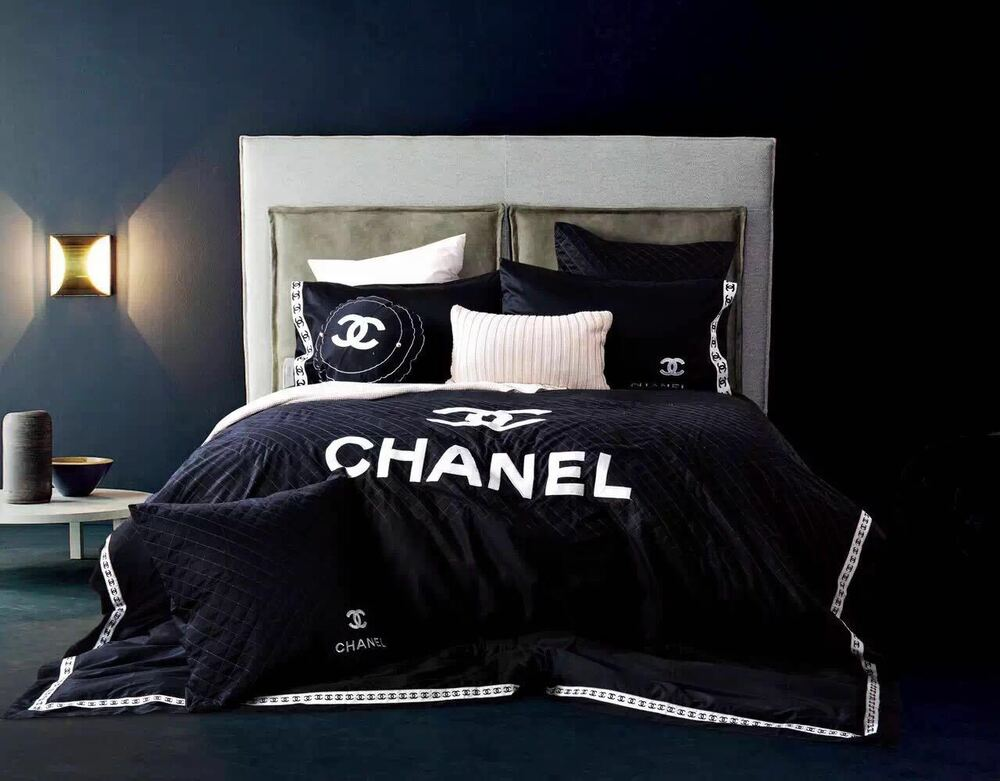 Luxury Black Chanel Symbol 100 Cotton Material 4 Piece