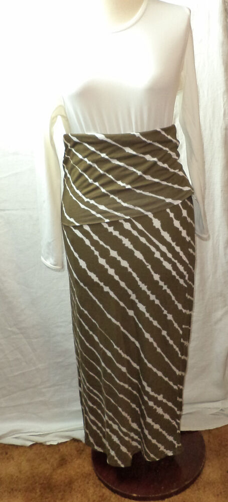 3c0b227217 Details about NWT Roxy Olive & White Tiger Print Maxi Skirt Size XS Length  38