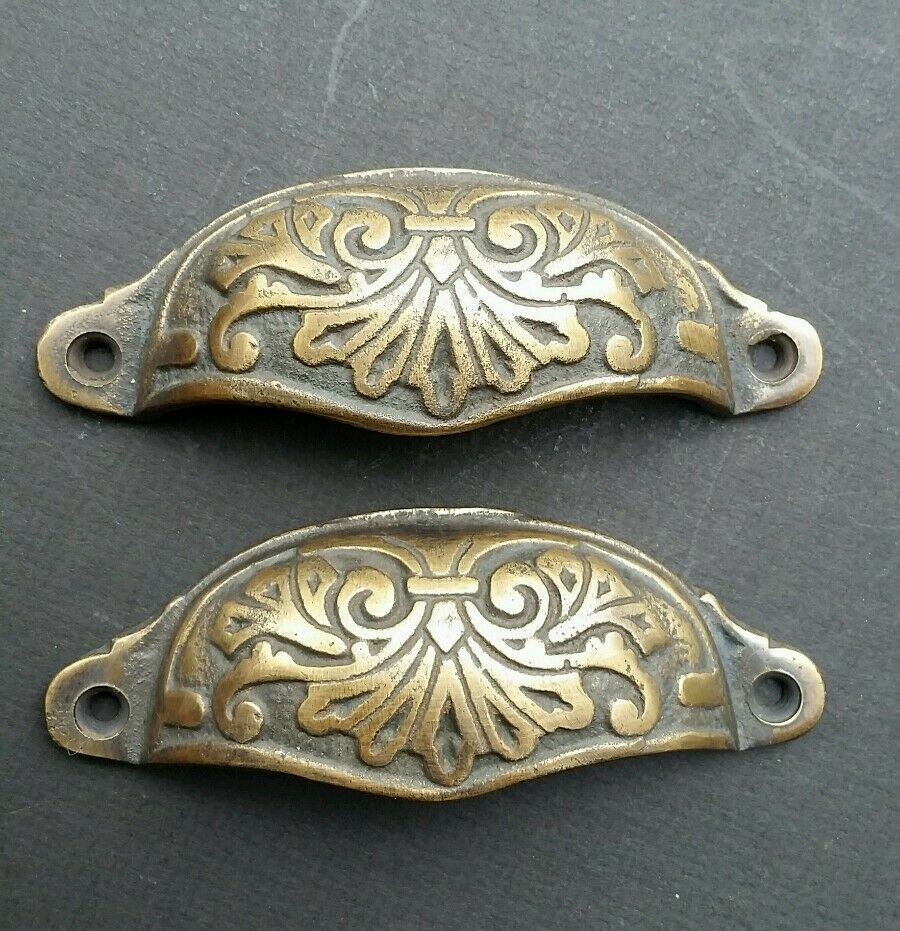 2 ornate apothecary cabinet drawer cup pull handles victorian style 4 1 8 a1 ebay. Black Bedroom Furniture Sets. Home Design Ideas