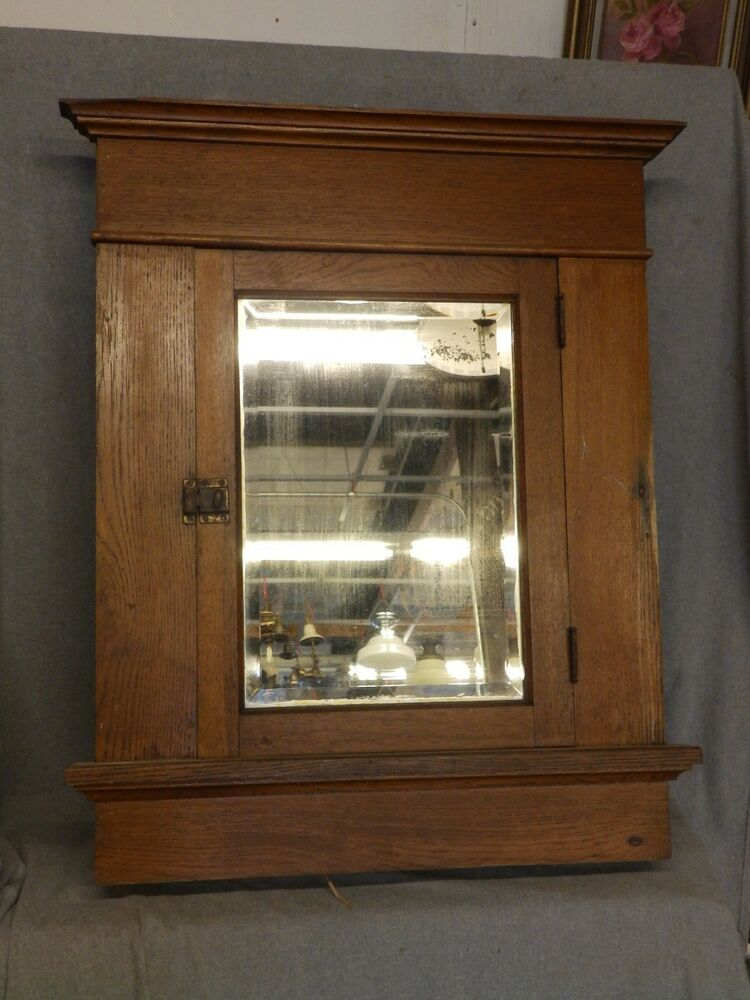 Large antique oak recessed medicine cabinet cupboard beveled mirror vtg 1693 16 ebay for Bathroom mirror cupboard