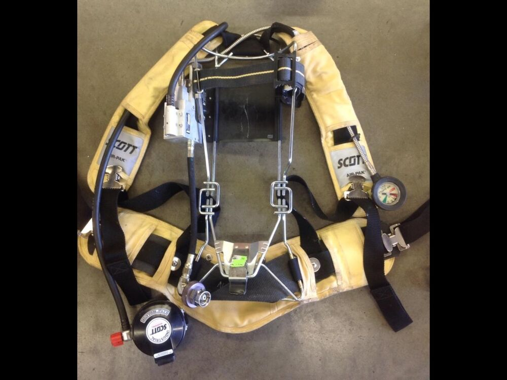 Scott 4500psi Industrial Air Pack Scba Harness 4 5 Air Pak  U0026quot Very Nice Condition U0026quot