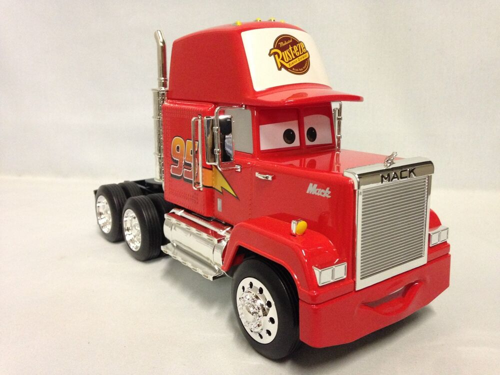 Disney, Pixar Diecast With Plastic Cars 1:24 Scale Mack