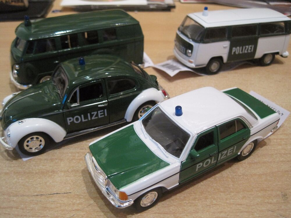 polizei vw t1 t2 k fer mercedes w123 modelauto. Black Bedroom Furniture Sets. Home Design Ideas