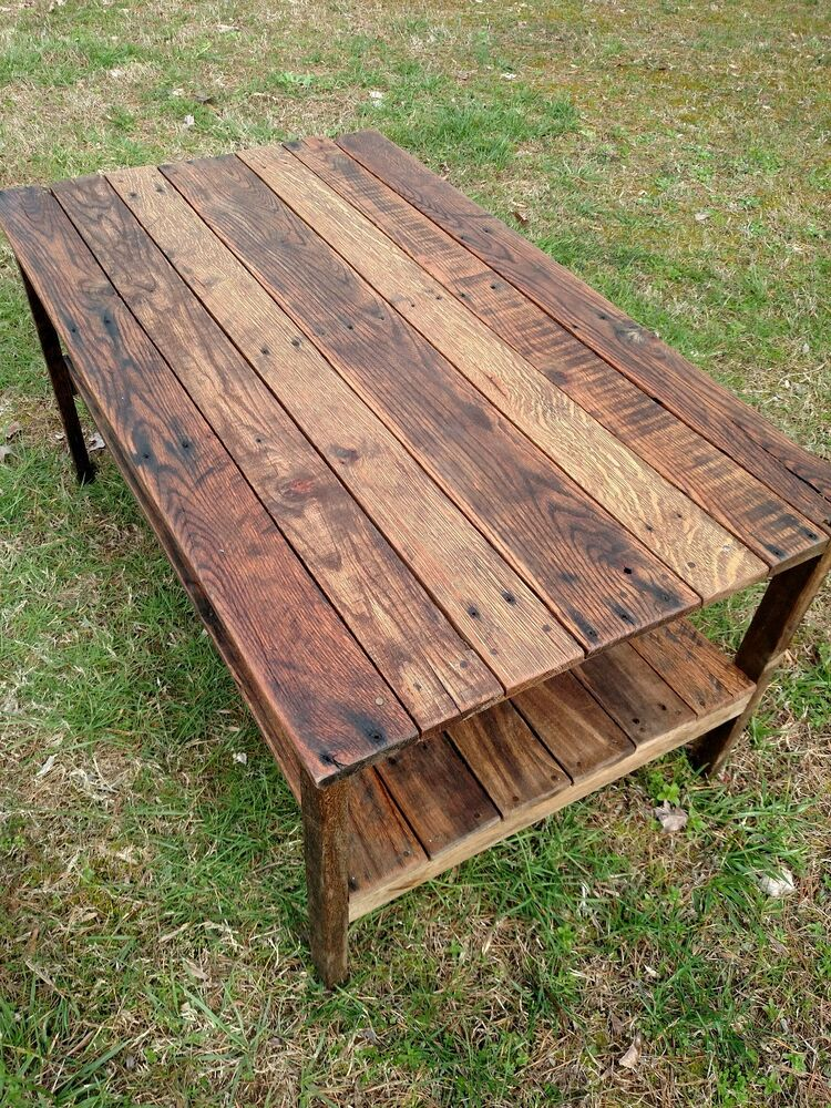 Rustic Wood Pallet Coffee Table: Pallet Wood- UpCycled Coffee Table