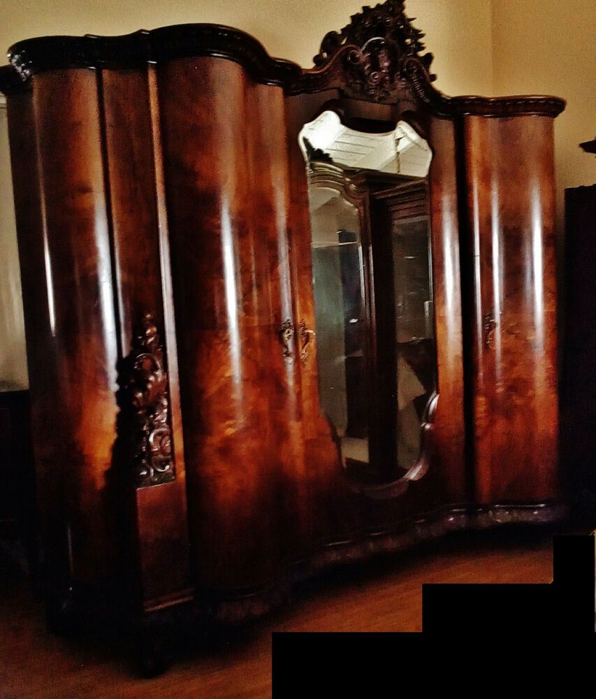 gorgeous very large italian walnut burl antique armoire cabinet carved pediment ebay. Black Bedroom Furniture Sets. Home Design Ideas