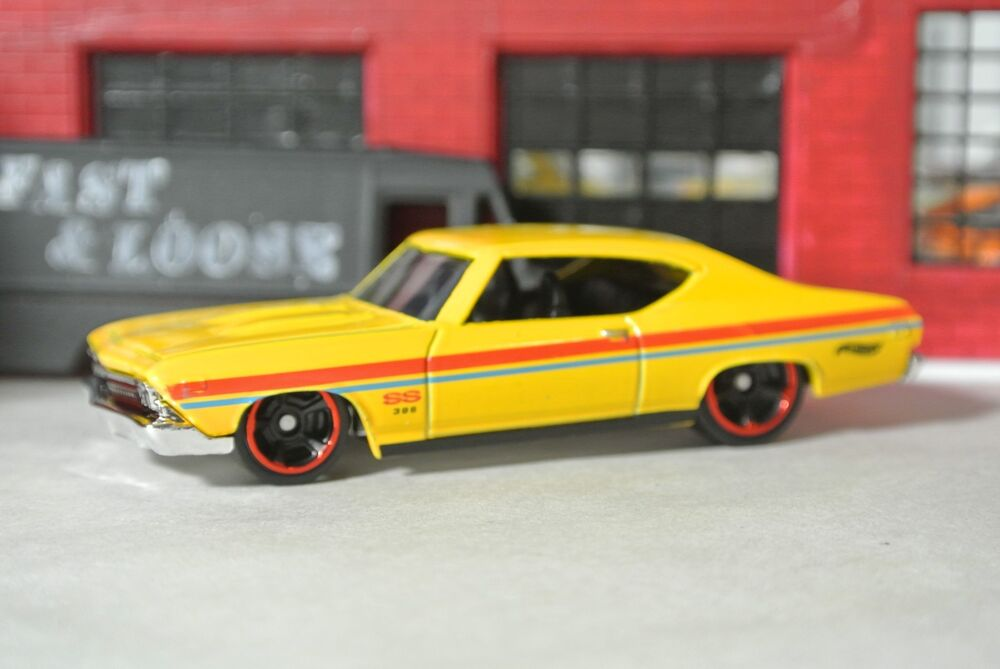 Hot wheels 39 69 chevy chevelle ss 396 loose yellow 1 64 ebay - 69 chevelle ss 396 images ...