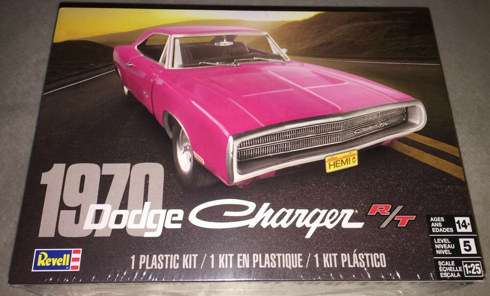 revell 1970 dodge charger r  t 1  25 scale plastic model car kit new 4381