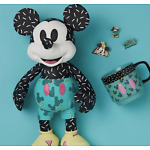CONFIRMED ORDER DISNEY STORE Mickey Mouse Memories PLUSH MUG PIN SET SEPTEMBER