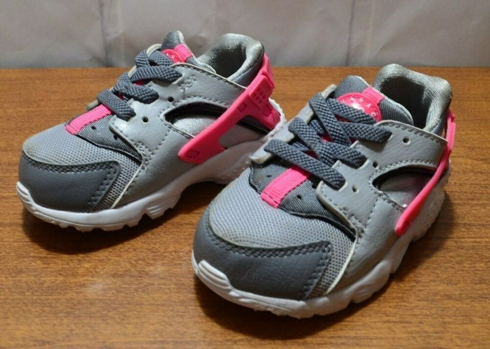 Details about Nike Huarache Run Gray hot pink Infant Sneakers Size US 5C 320ae5546