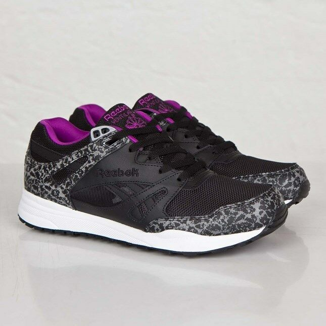79eb0f4a990 Details about Reebok Classic Ventilator Reflective Mens Classic Retro  Trainers in Black
