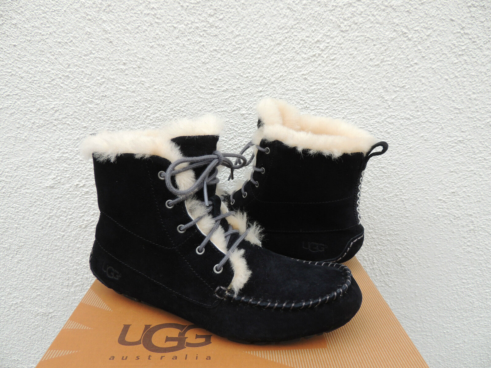 2c012d8df28 UPC 888855204657 - UGG - Chickaree (Black Suede) Women's Lace-up ...