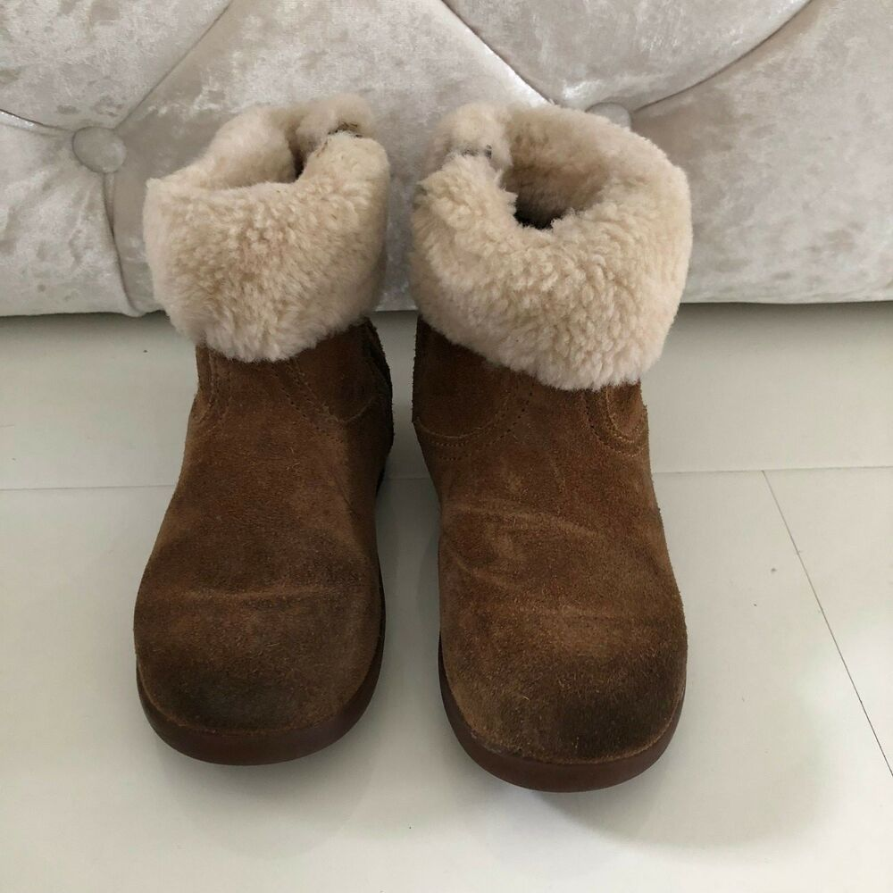 a85f92f61d843 Details about UGG LIBBY GIRLS CHESTNUT TAN ANKLE BOOTS WITH FUR TRIM - UK  SIZE 8