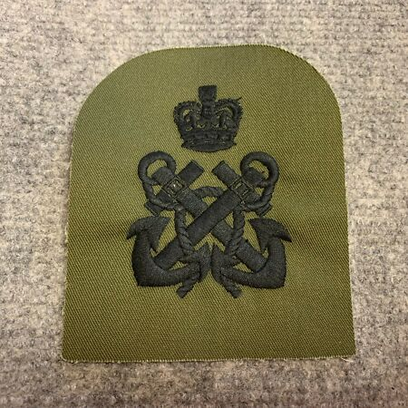 img-NEW UK ROYAL NAVY SURPLUS ISSUE OLIVE GREEN PETTY OFFICER EMBROIDERED RANK PATCH