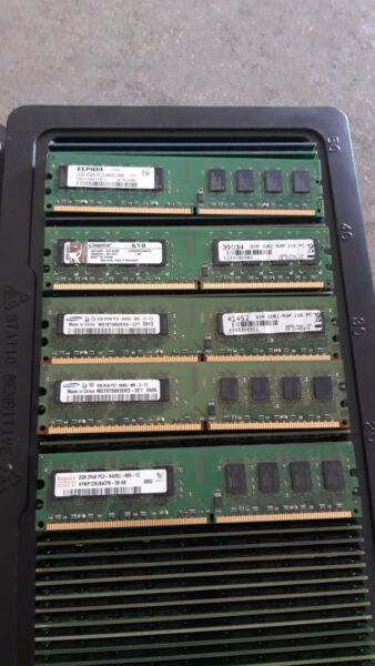 Memoria RAM 4GB DDR2 (2x2GB) PC6400U 800Mhz Kingston  & Samsung  PC