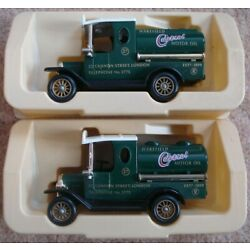 Lledo - 2x Identical Vans with the Castrol Motor Oil Logo - Promotional Item NEW