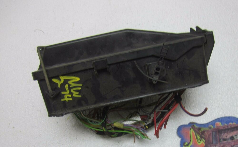 Audi a fuse box relay switch panel oem l