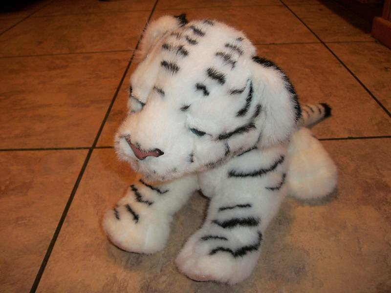 My furreal tiger