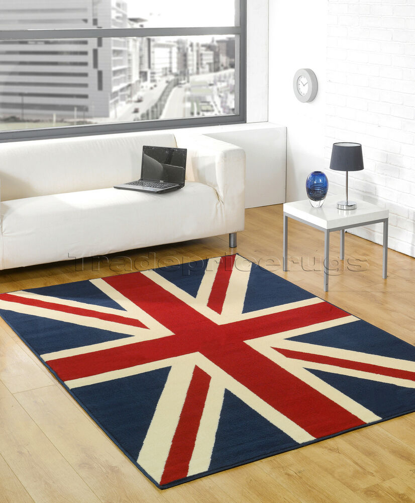 EXTRA LARGE TRADITIONAL UNION JACK FLAG RUG, RED