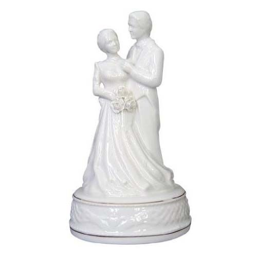 celtic wedding cake toppers uk belleek claddagh groom wedding cake topper 12477