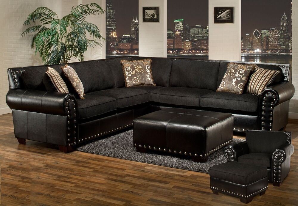 Avanti Black & Gray Sectional w/ Ottoman Traditional