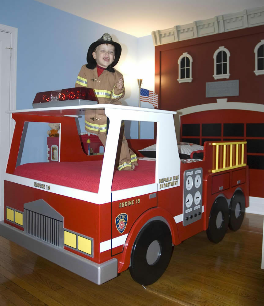 house toddler bed plans free boys fire truck toddler bed rhyme ten ...