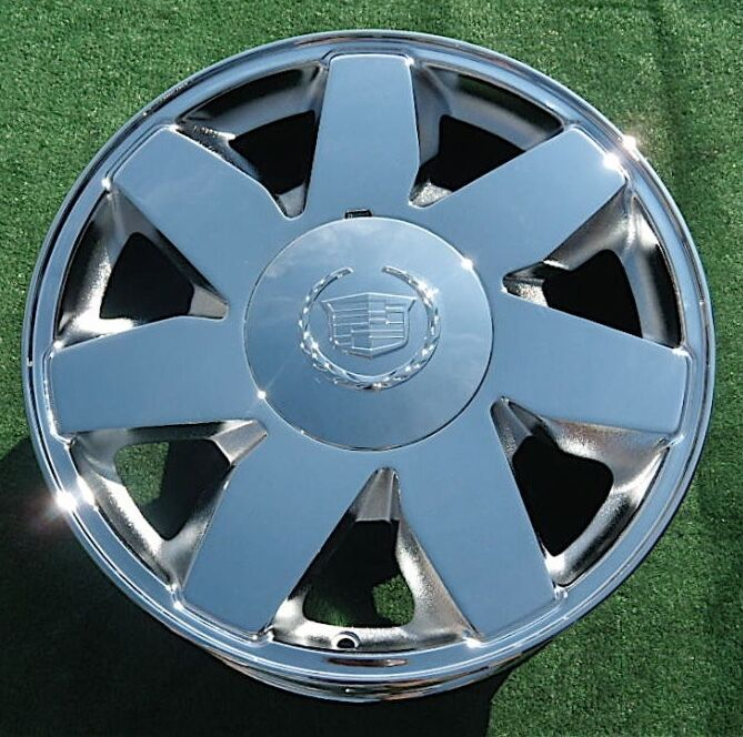 1 Brand NEW 2005 CHROME Cadillac Deville DTS 17 Inch