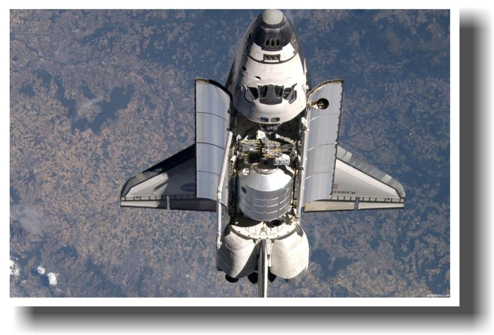 NASA Space Shuttle Discovery in Orbit - NEW SCIENCE ...