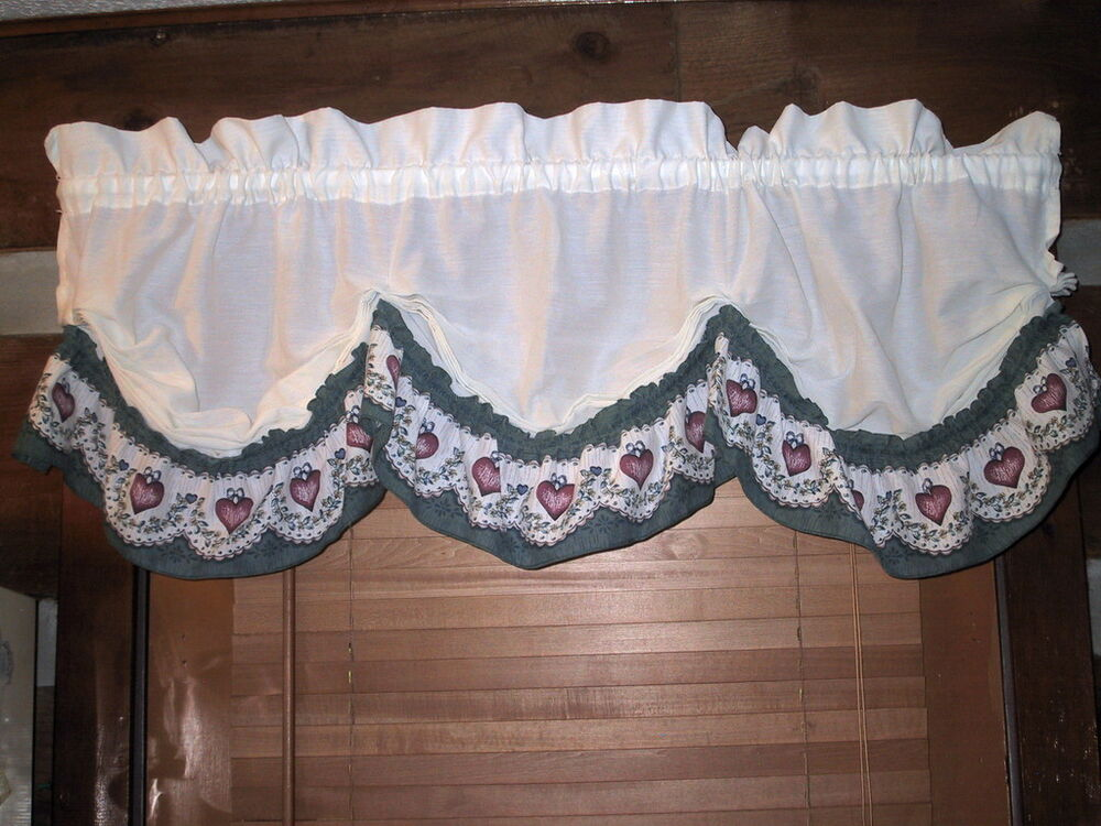 Lot 2 Jcpenney Scalloped Valances White Green Ruffled
