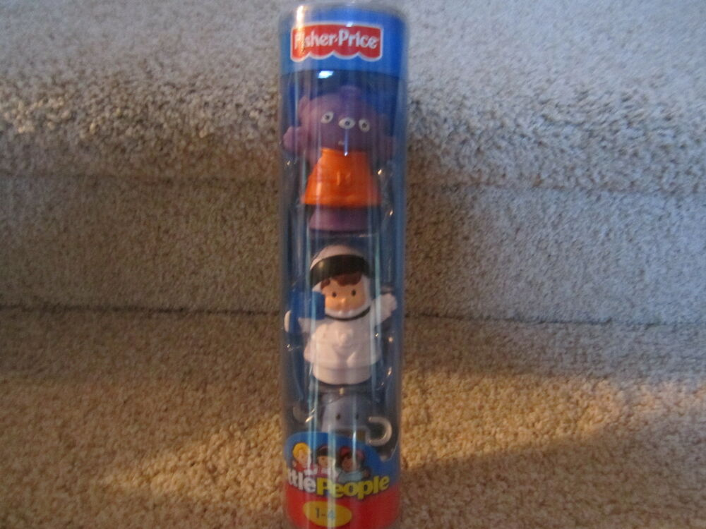 Fisher Price Little People Alien Astronaut Robot Space ...