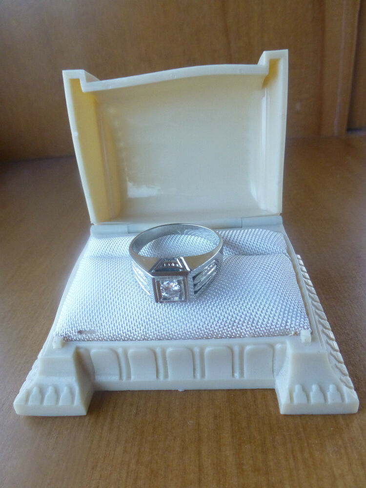 Art Deco 20k White Gold Diamond Solitaire Engagement Ring