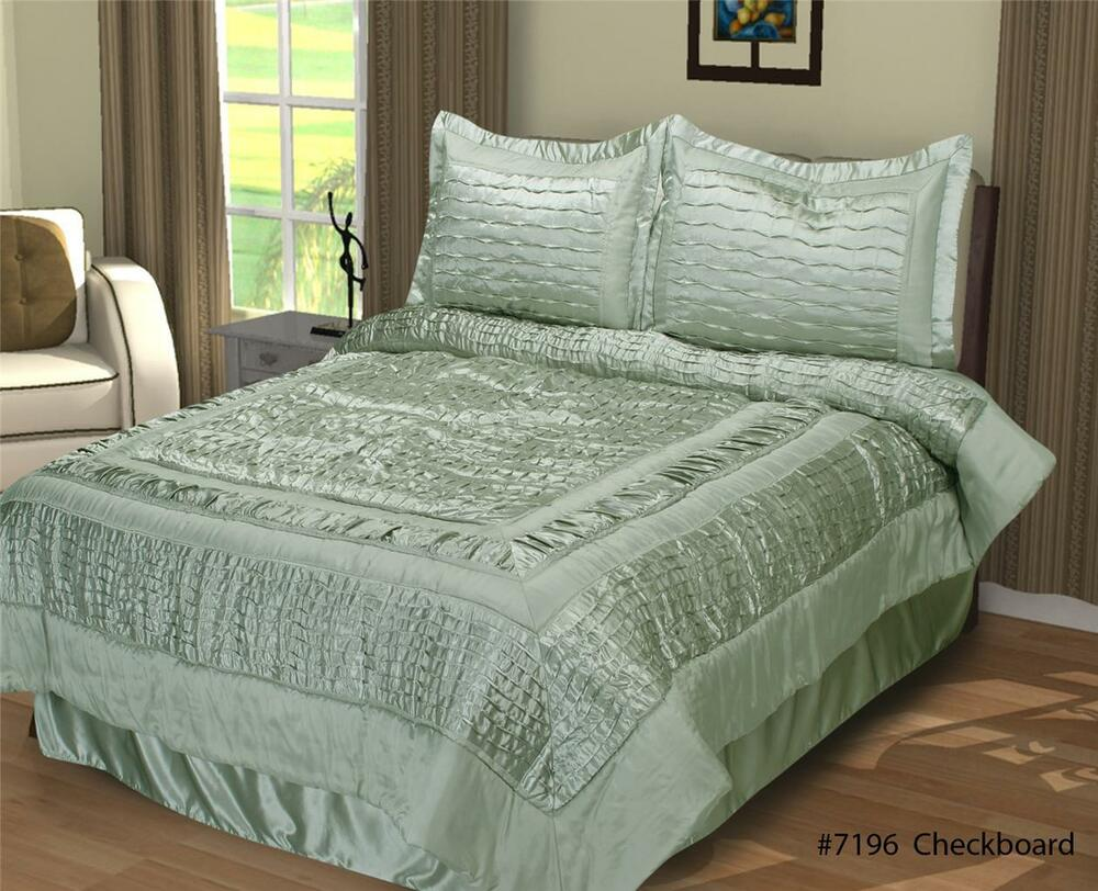 Queen Checkerboard Shimmer Comforter Set 4pcs Sage Green