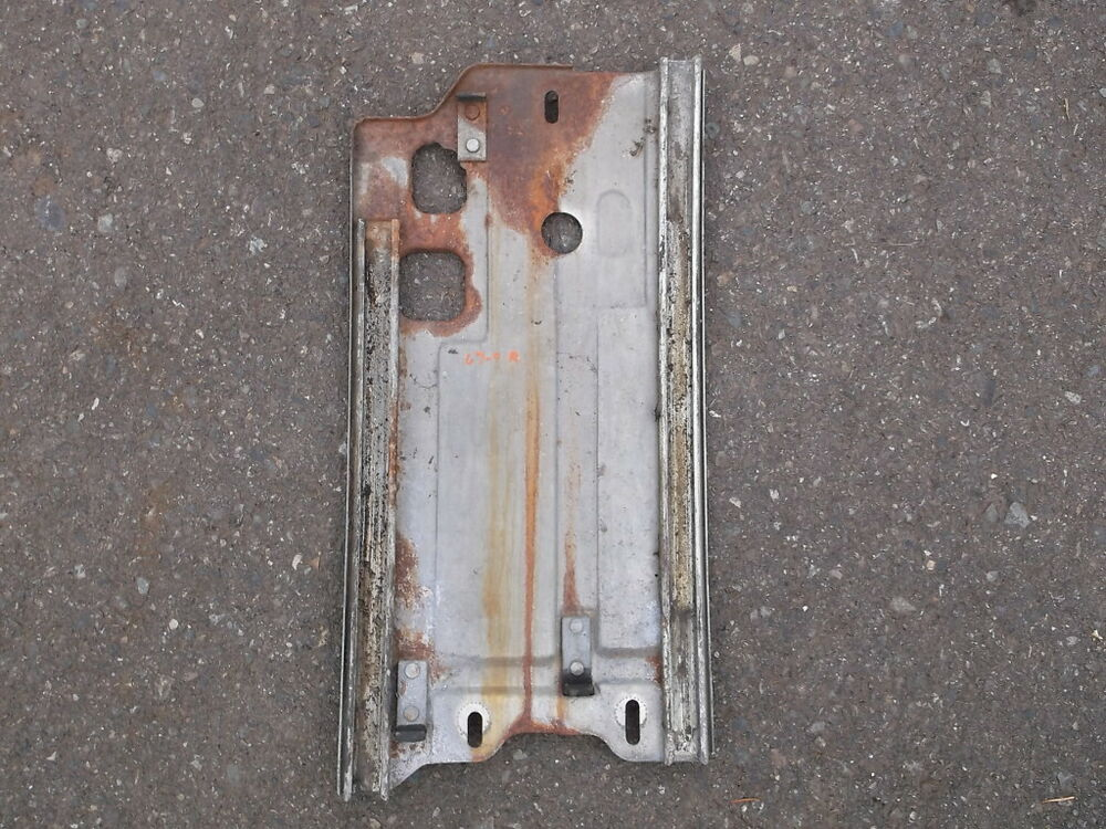 1967 1968 mustang quarter glass window roller guide plate for 1967 mustang window rollers