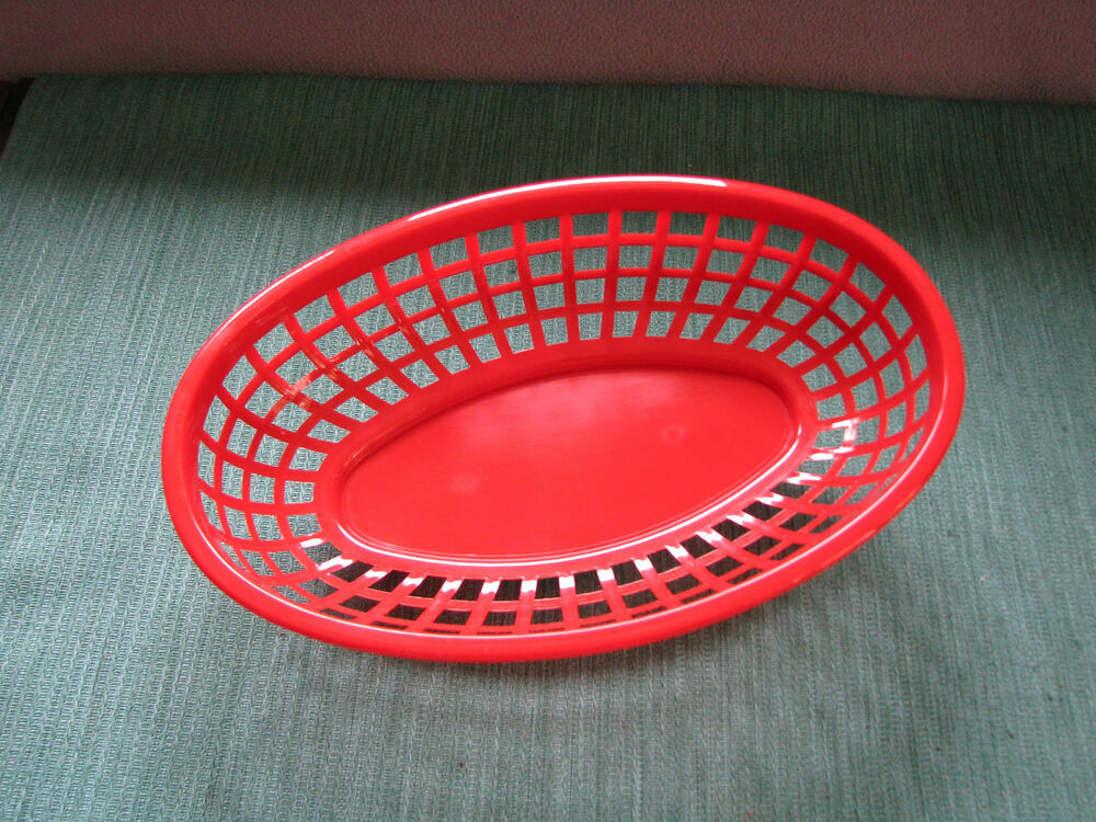 Red Plastic Picnic Basket : Red plastic picnic baskets great for fast food meals